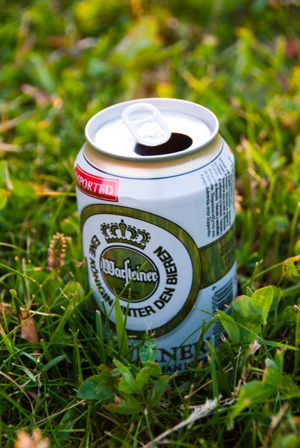 Grab a cold one and go to the park | © Jaime Pérez/Flickr