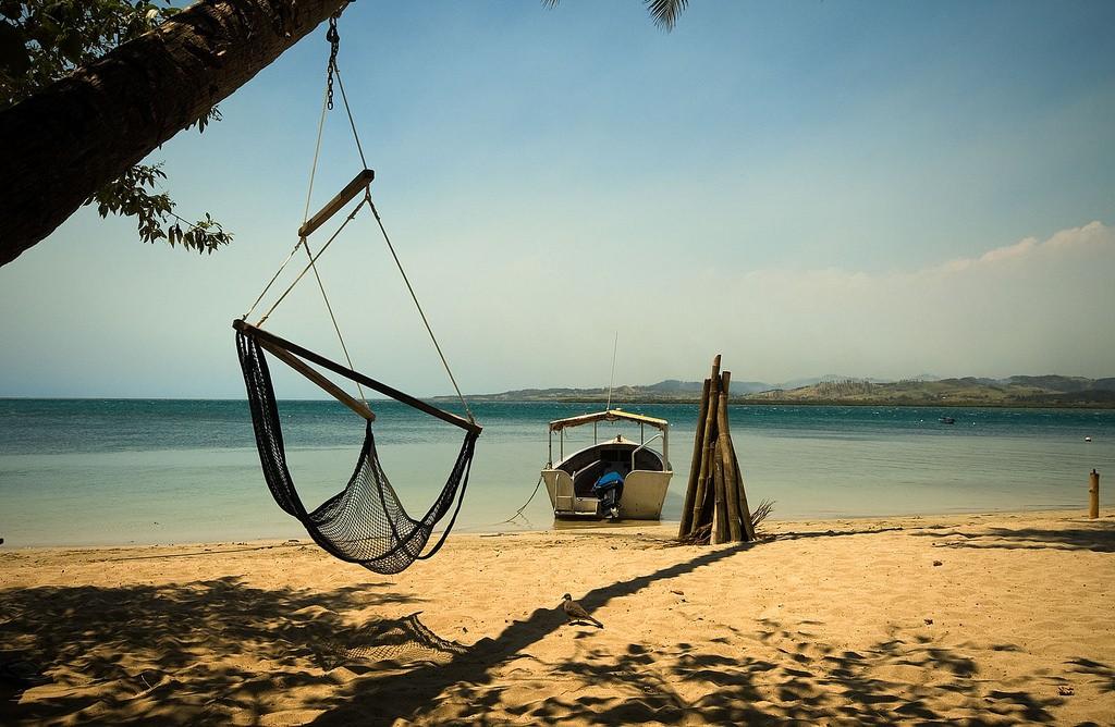 Robinson Crusoe Island Resort, Fiji | © Clayton Maxwell / Flickr