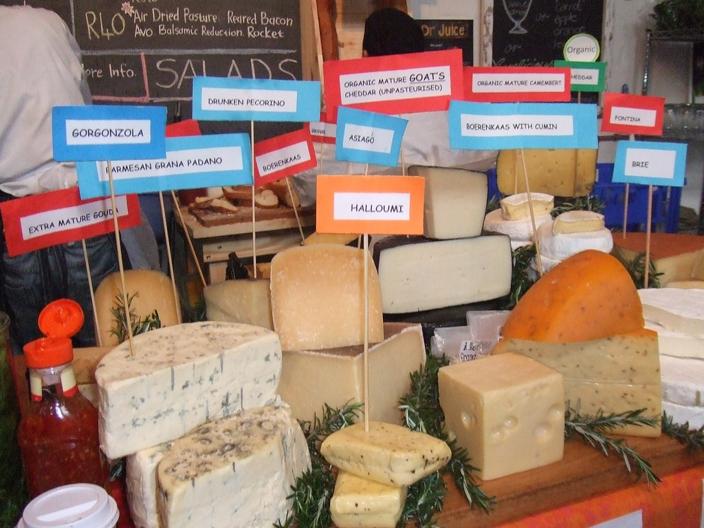 A variety of cheeses on sale at Bay Harbour Market © Sa-Venues.com Editor/Flickr