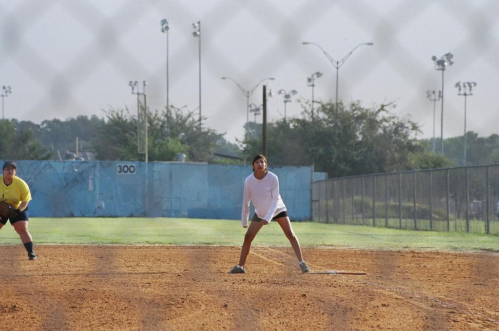 Playing softball in Austin | © Mark Scott Austin TX / Flickr
