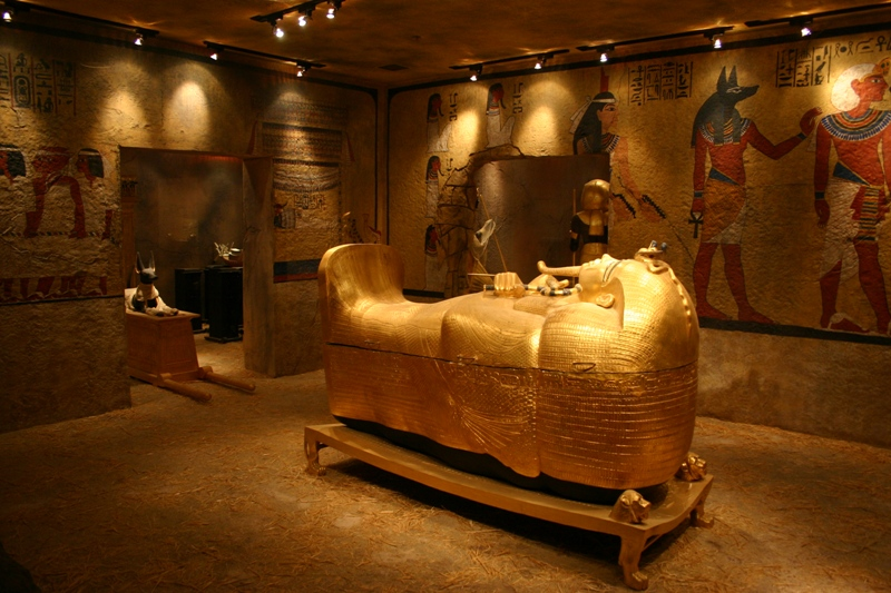 King Tut's Tomb replica|© Matt Howry/Flickr