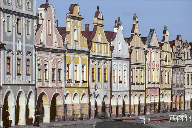 Houses in the town center / ©Michal Lewi / Flickr