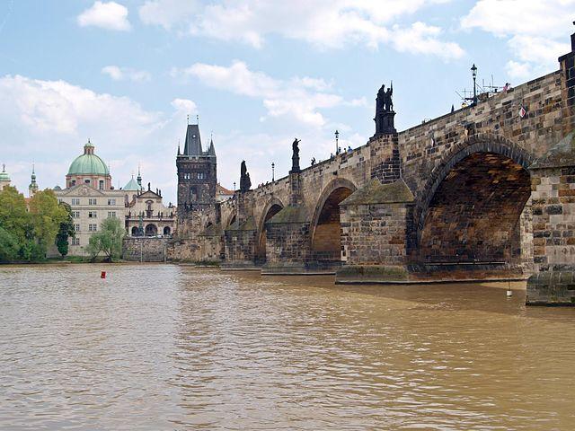 View of Charles Bridge   ©Besenbinder / Wikimedia Commons