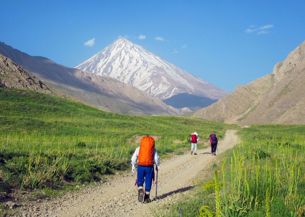peak middle eastern singles Middle east rivers pamir: this region and its namesake mountains stretch across much of tajikistan and parts of afghanistan , china and pakistan , and similar to the hindu kush, numerous peaks exceed 22,000 ft, with the highest point being pik samani at 24,590 ft (7,495m.