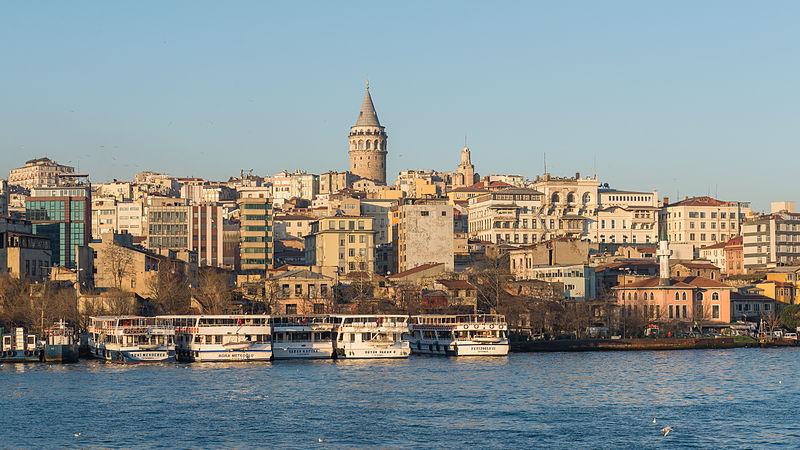 Karaköy   © Arild Vågen/Wikimedia Commons