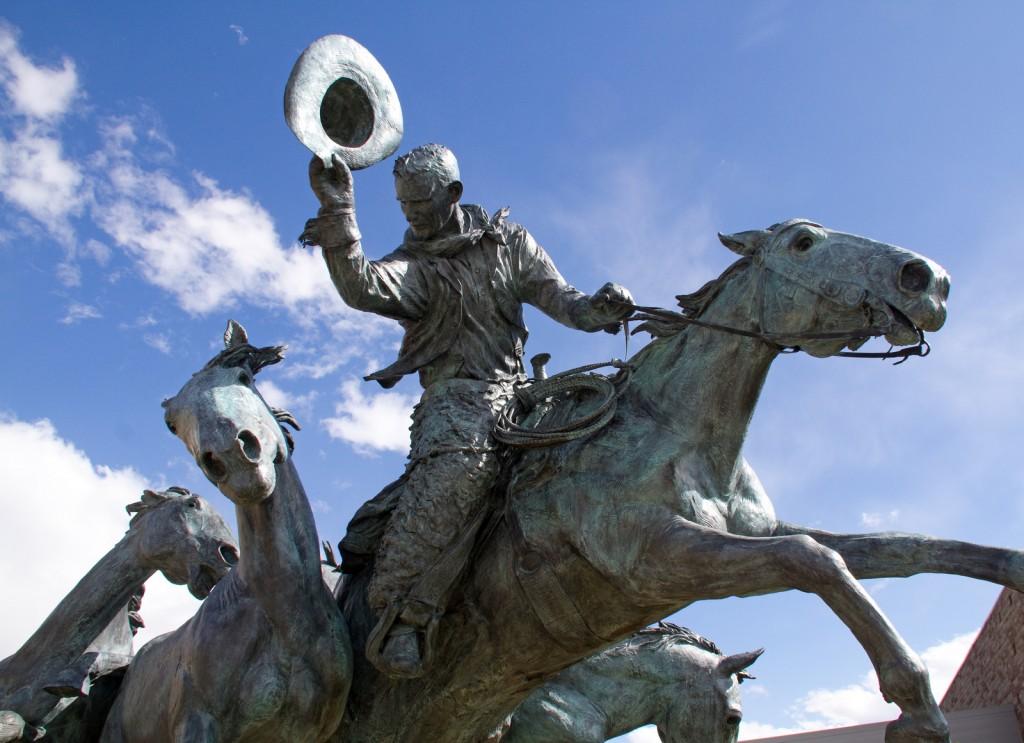 Calgary Stampede Statue © Tony Hisgett / Flickr