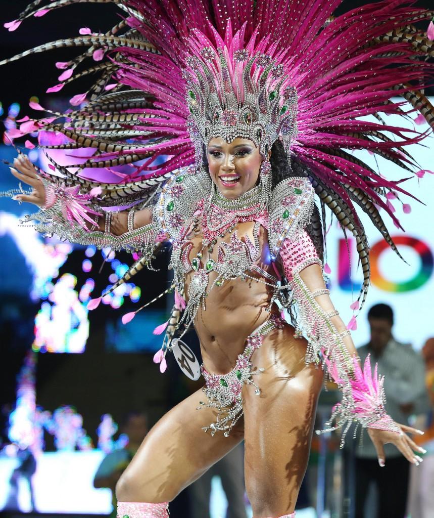 Meet The Famous Samba Dancers Of Brazils Carnival Parade-4972