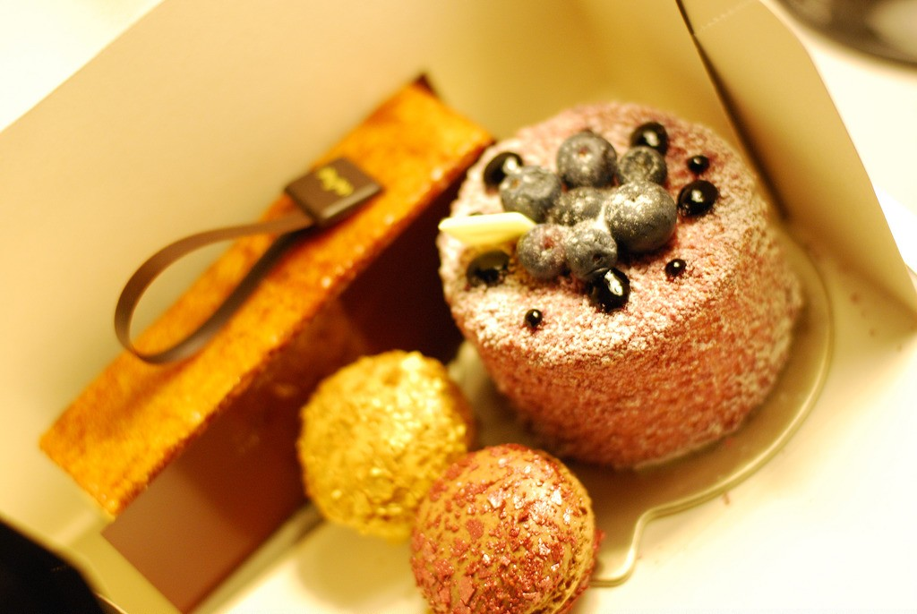 The desserts from Lenôtre are legendary | © Merle ja Joonas/flickr