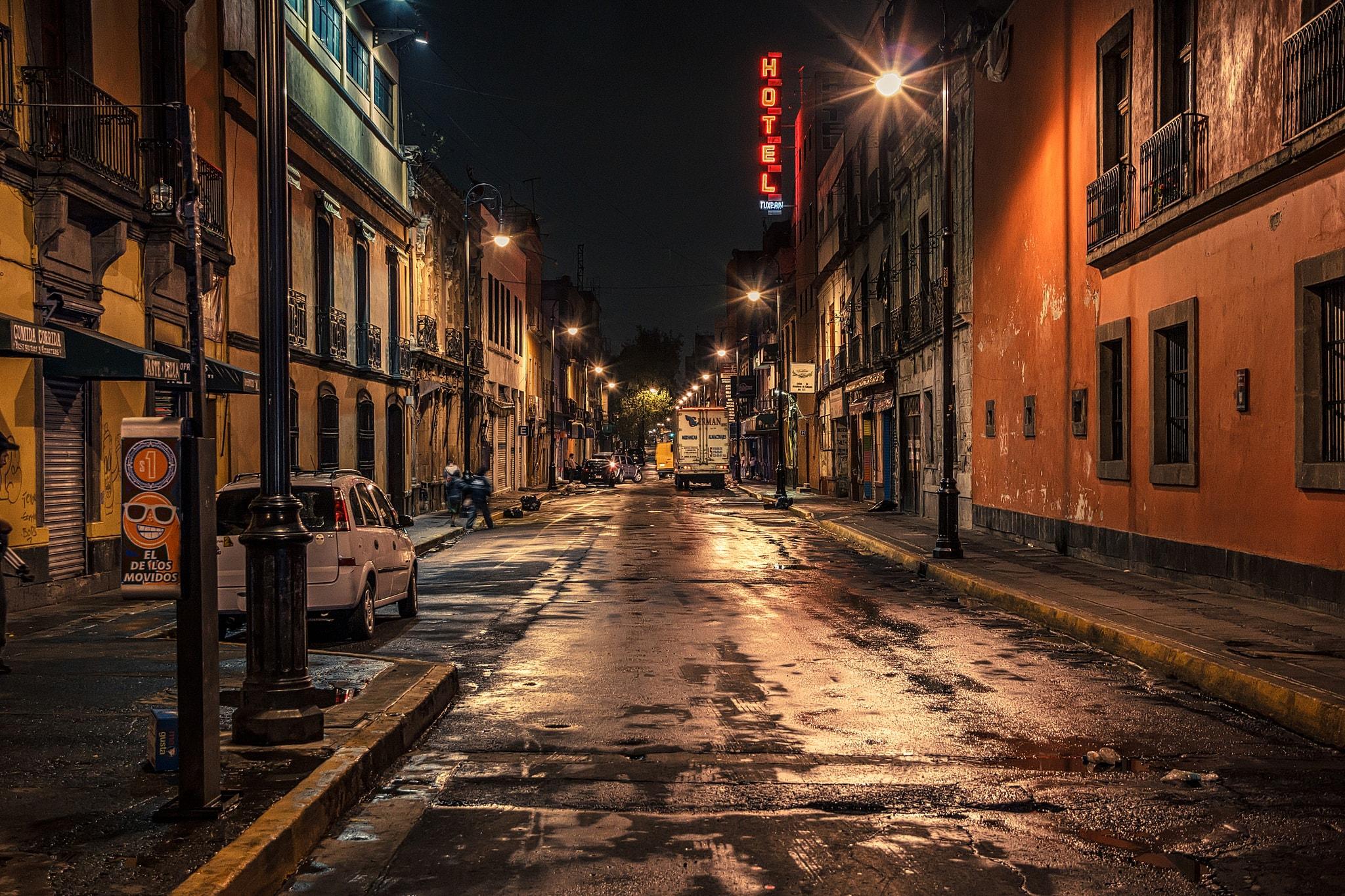 Centro Histórico after dark | © iivangm/Flickr