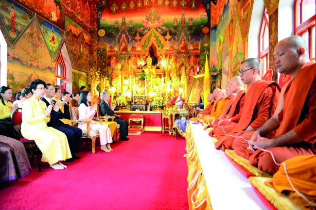 Discover The Uk S First Thai Buddhist Temple