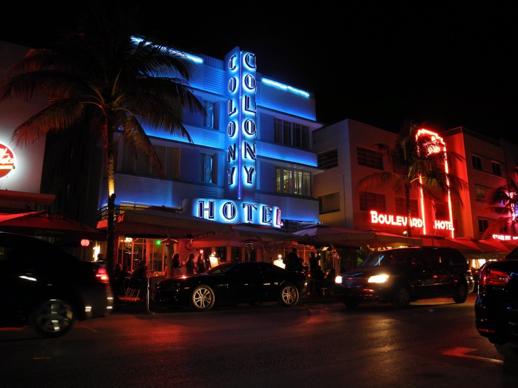 Colony Hotel on Ocean Drive | © Marcus / Flickr