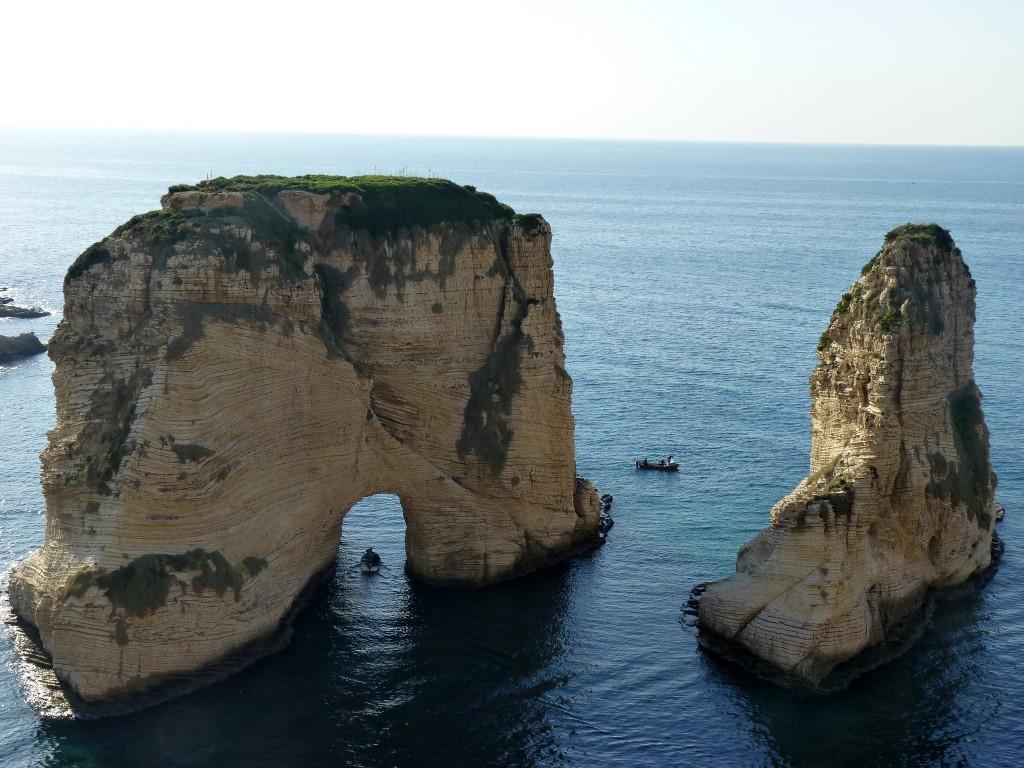 [Raouche, Rocks] | © [Maya-Anaïs Yataghène]/[source, Flickr]