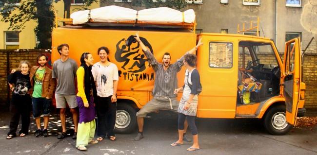 The Artistsana crew | © Artistsana/Artistsana