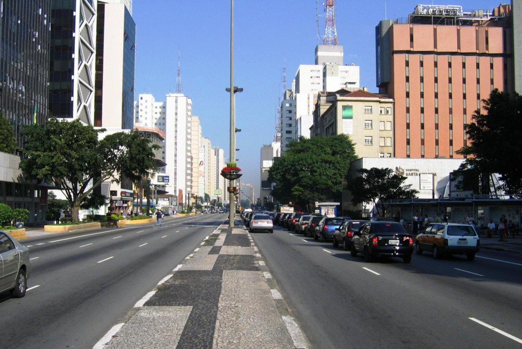 Avenida Paulista © OS2Warp/Wikimedia CC