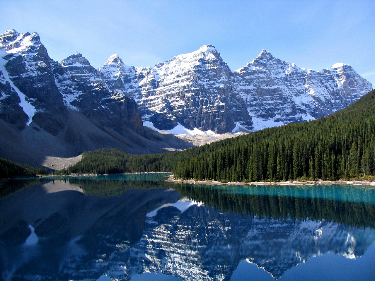 13 Natural Wonders in Canada That Will Take Your Breath Away