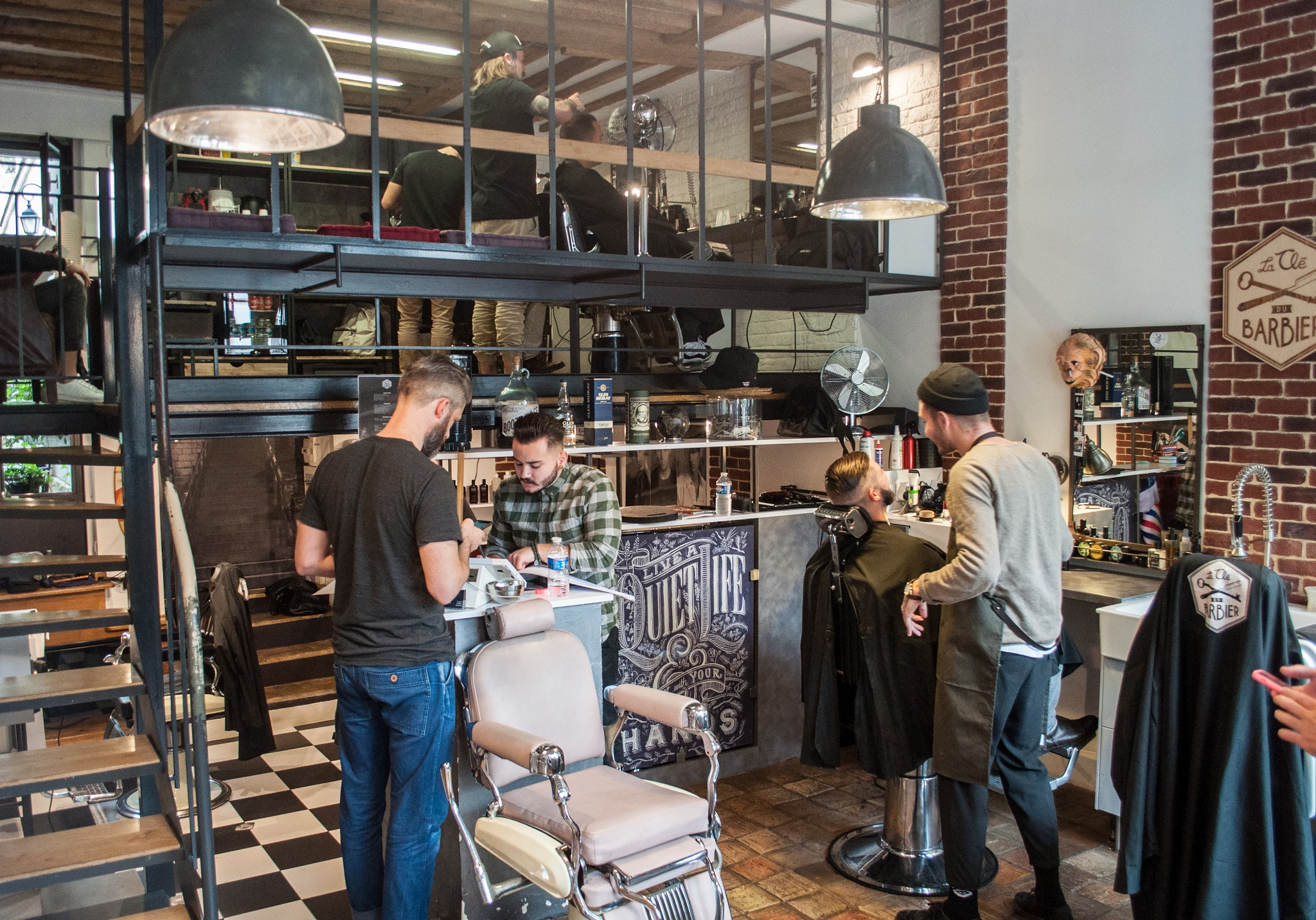 the best barbershops in paris. Black Bedroom Furniture Sets. Home Design Ideas