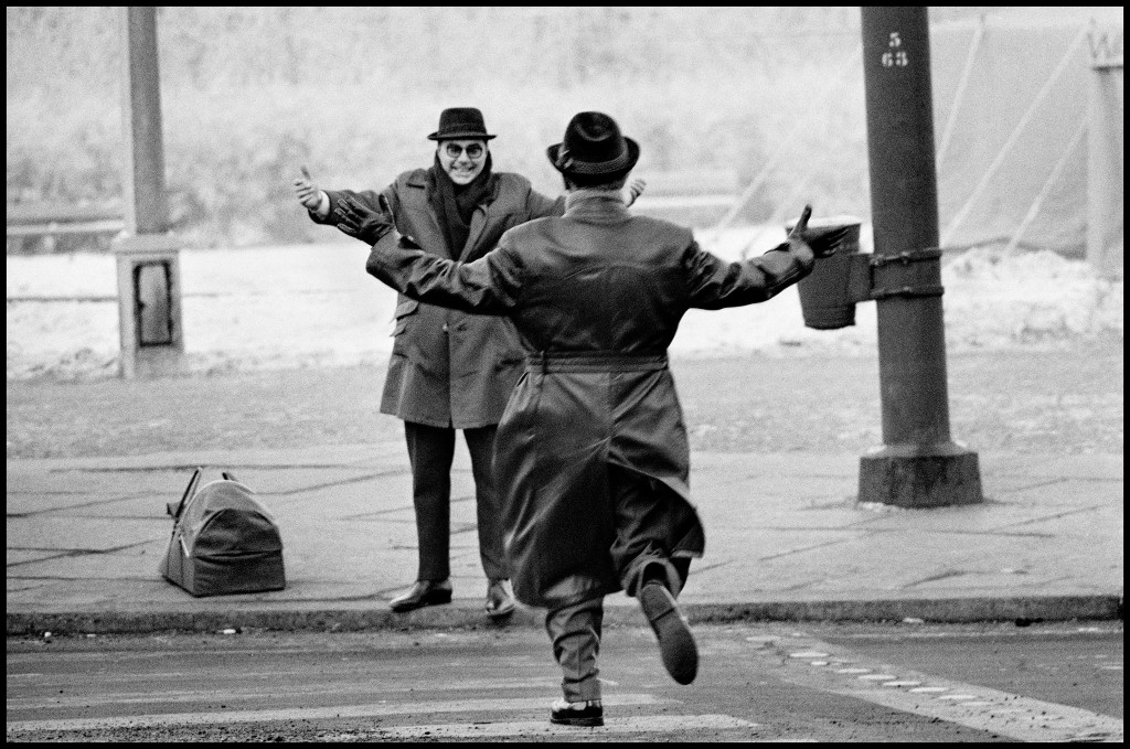 West Berlin, Germany, Separated by the Wall, two brothers gather for Christmas, 1963 | © Ian Berry / Magnum Photos