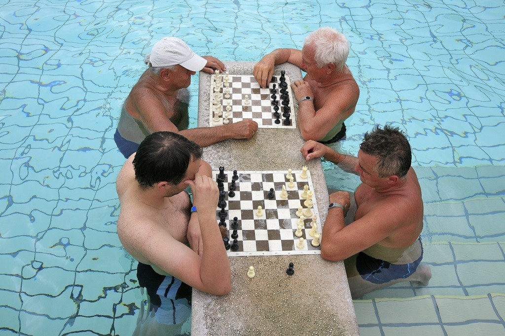 Chess in the thermal baths, Budapest