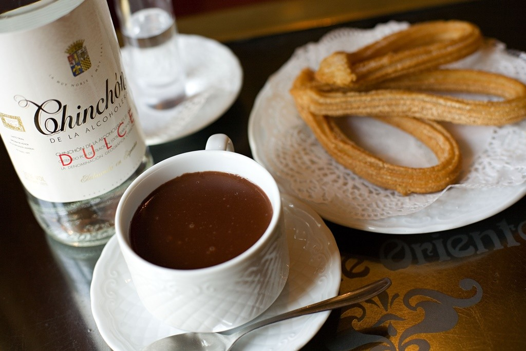 Chocolate and churros| © Madrid Destino Cultura Turismo y Negocio