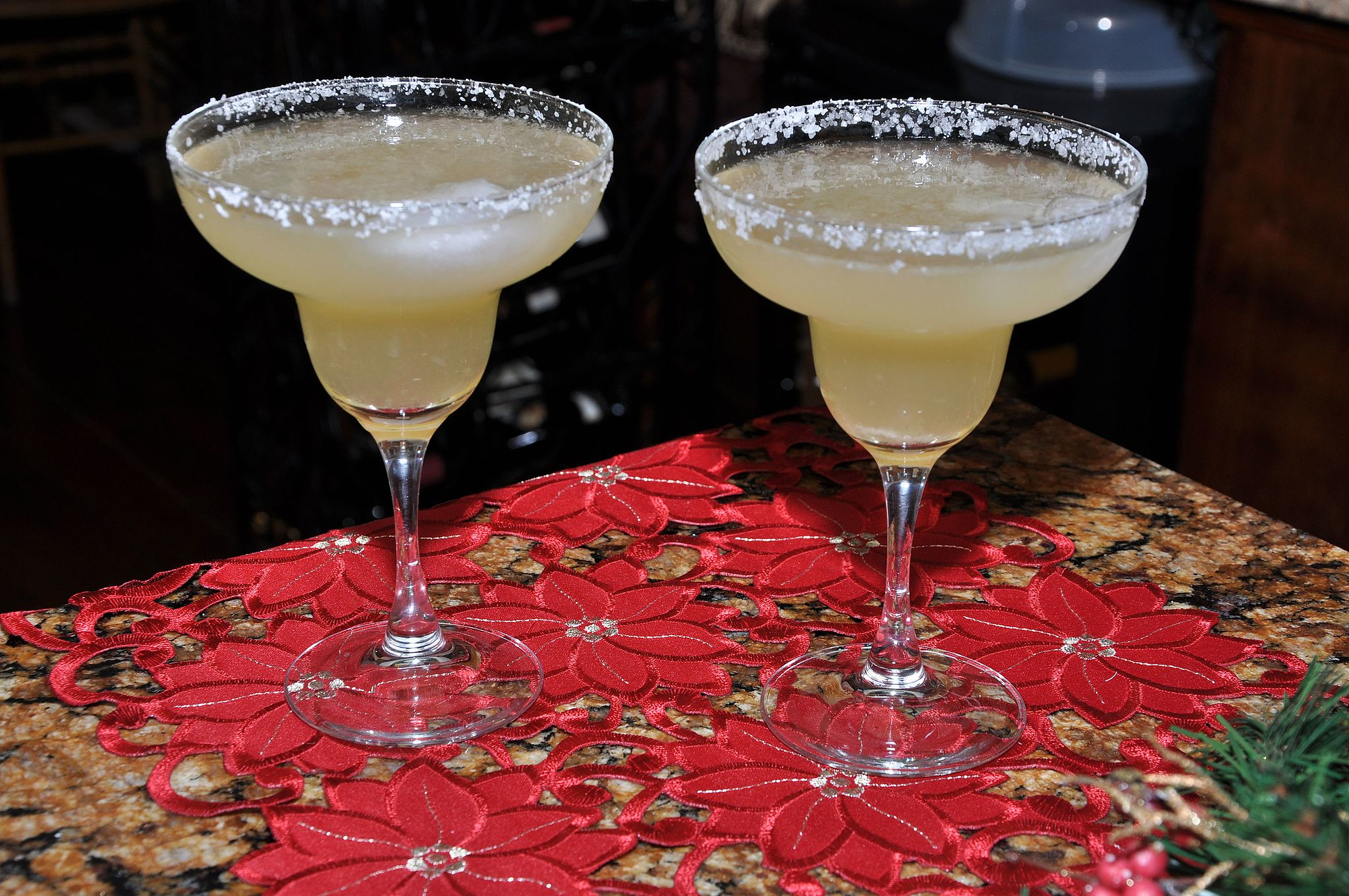 If you want authenticity, use the classic margarita glass | © Rkolarsky/WikiCommons