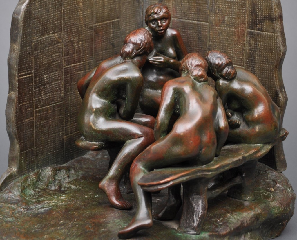 Les Causeuses bronze and marble by Camille Claudel © Musée Camille Claudel/Yves Bourel