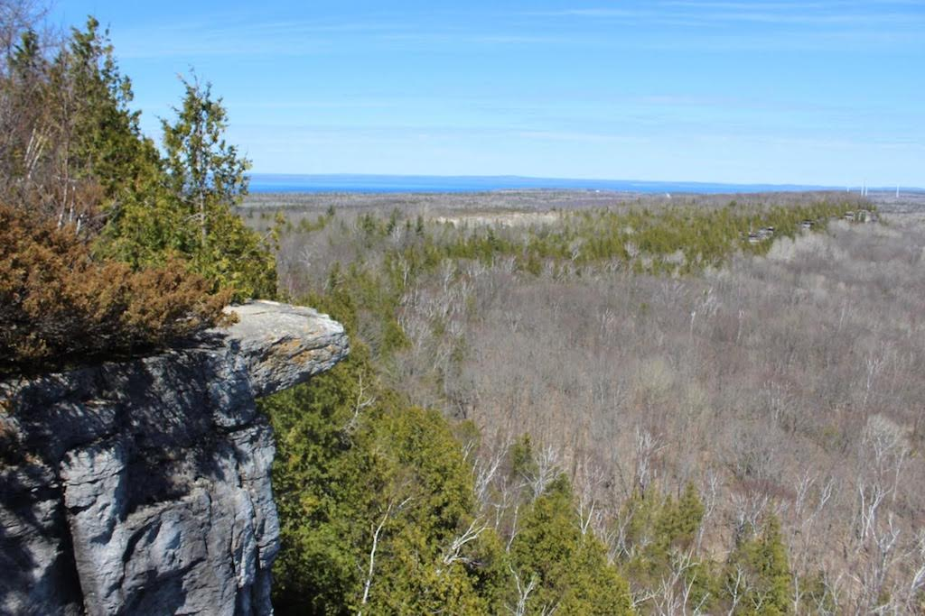 Cup and Saucer Trail, Manitoulin Island | © Laura Paskevics