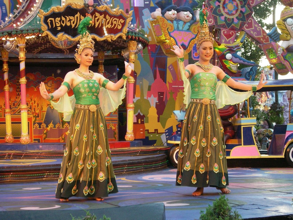 Thailand: Culture and Traditions — Life Before Work Blog  |Thai Culture