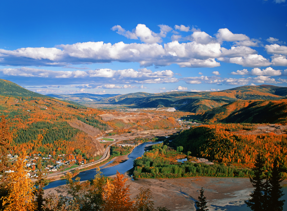 Dawson City, Klondike and Yukon rivers and Bonanza Creek in Tintina Trench | © Josef Hanus/Shutterstock