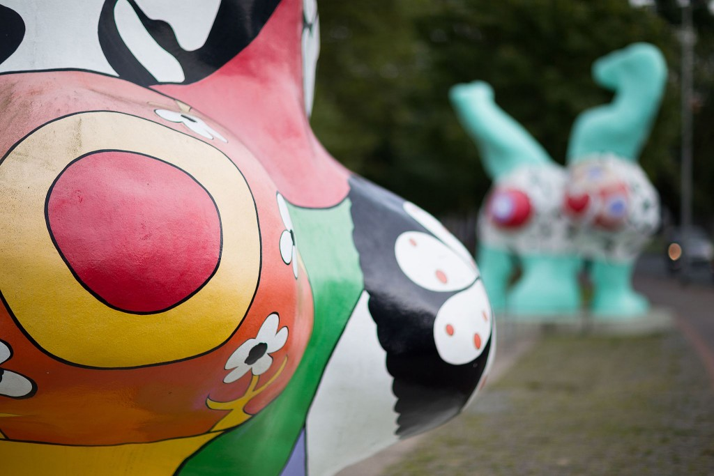 Detail from Niki de Saint Phalle sculpture │ © ChristianSchd / WikiCommons