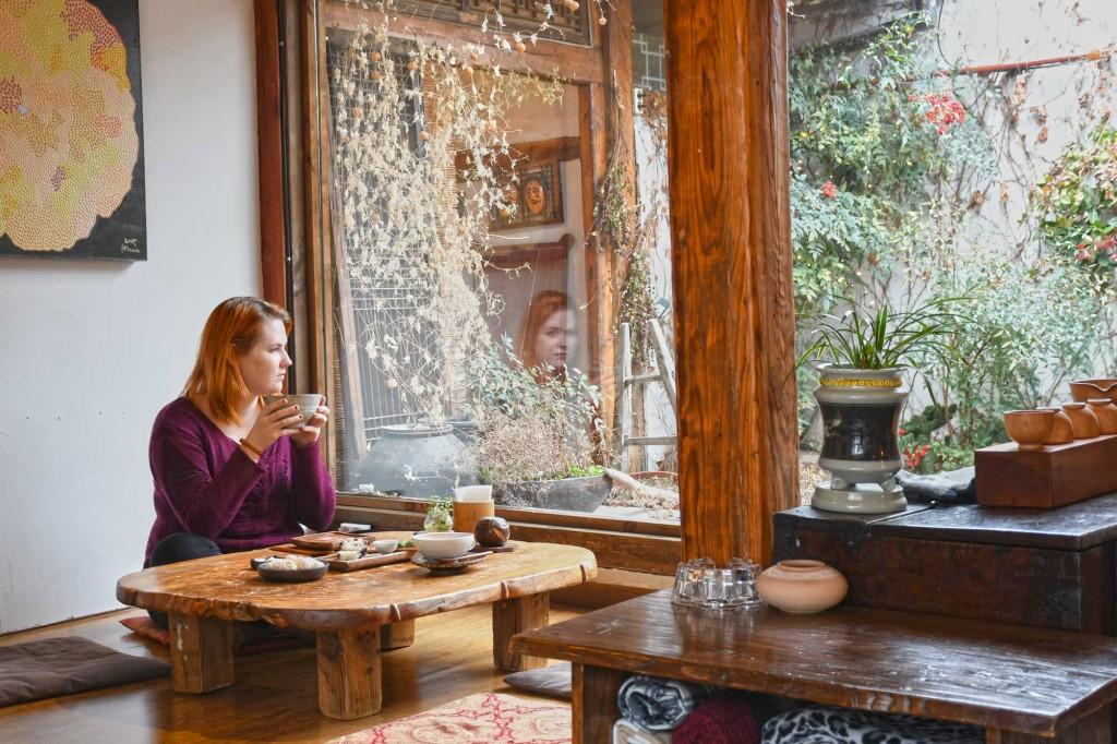 Ikseondong teahouse © Linda Dunsmore