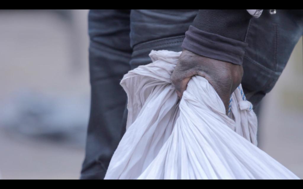 The weight of the blanket, El Peso de la Manta| Courtesy of Otoxo Productions
