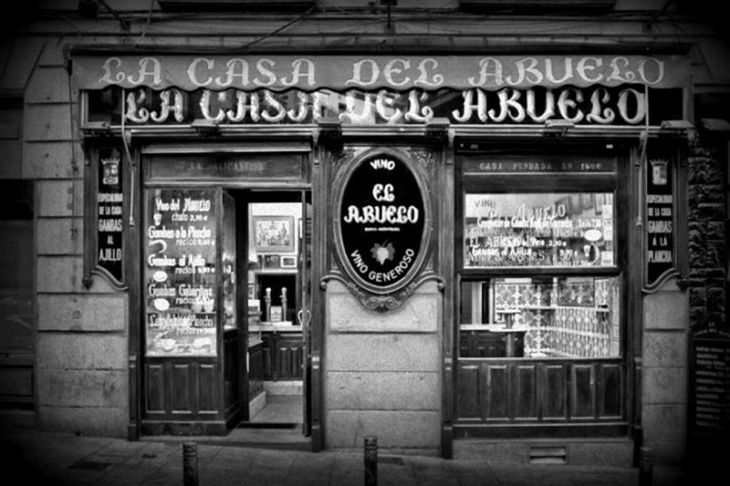 The facade   © Casa del Abuelo