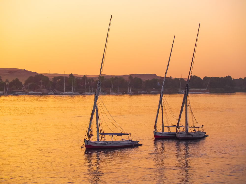 Felucca on the River Nile at sunset, Egypt | © Simev/Shutterstock