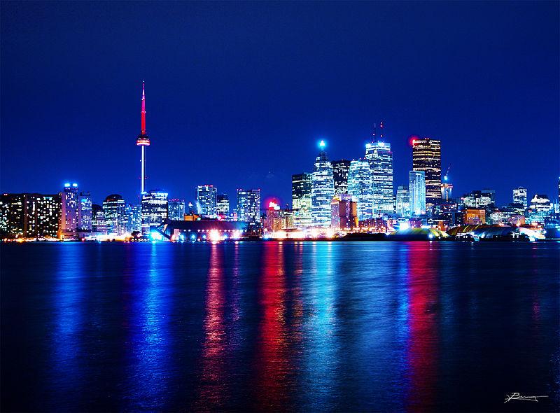 Toronto Skyline at night | © paul bica / Flickr