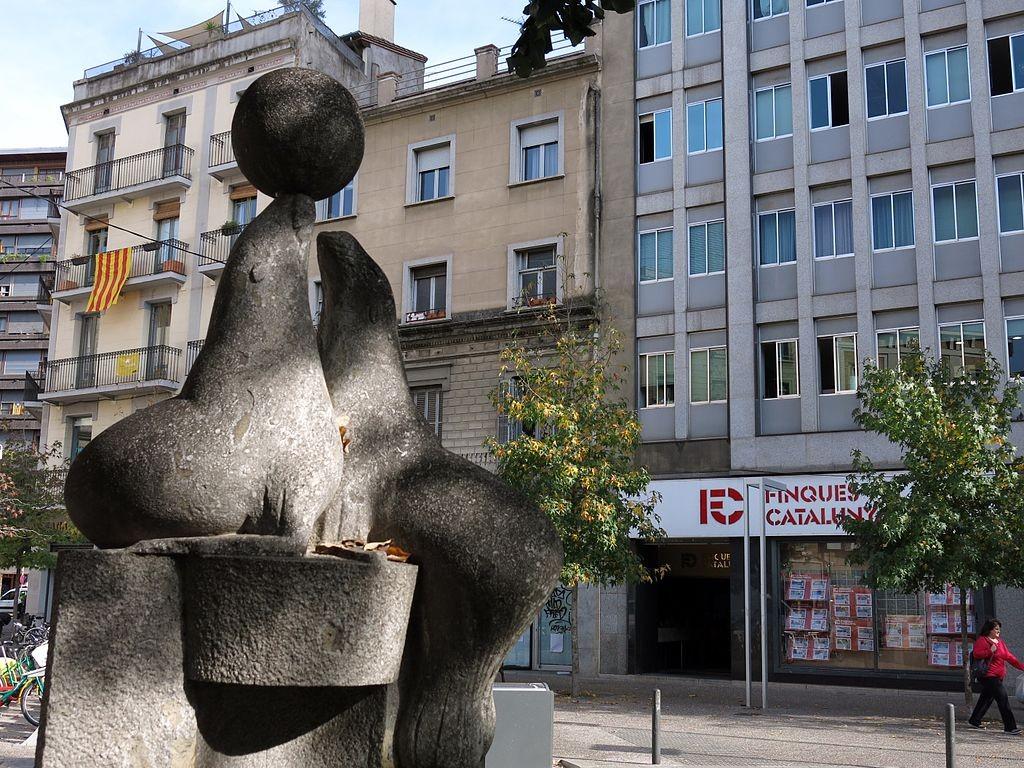 Font de les Foques by Torres_Monsó Girona | ©Enric / Wikimedia Commons