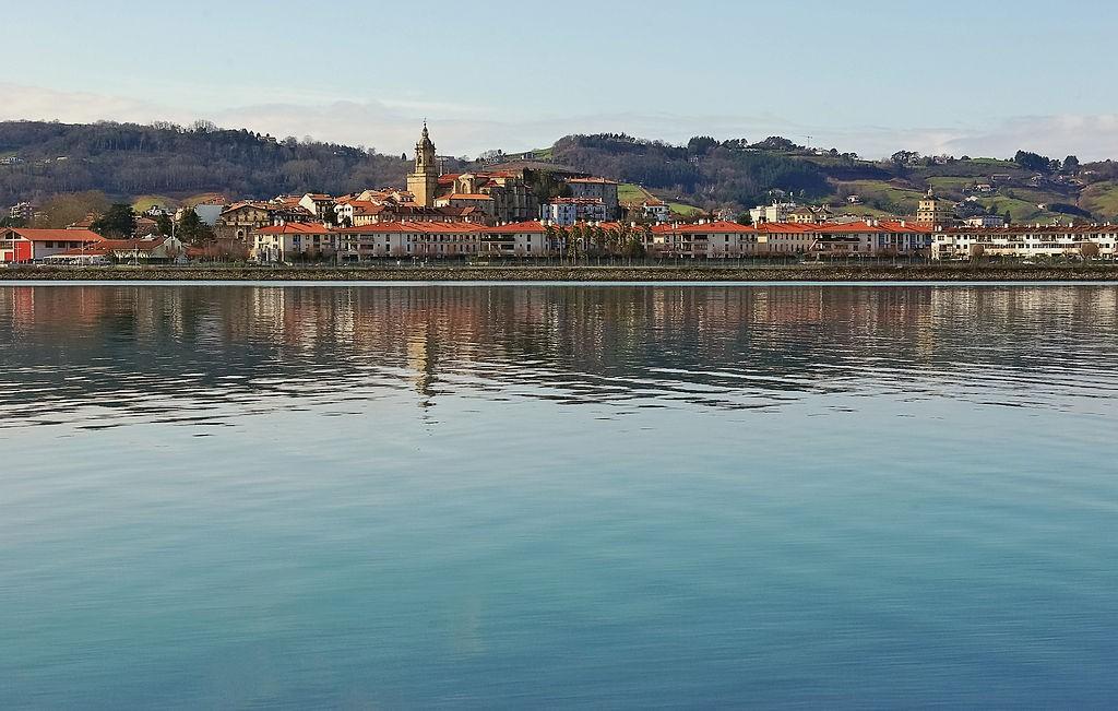 Hondarribia, Spain | ©JLPC / Wikimedia Commons