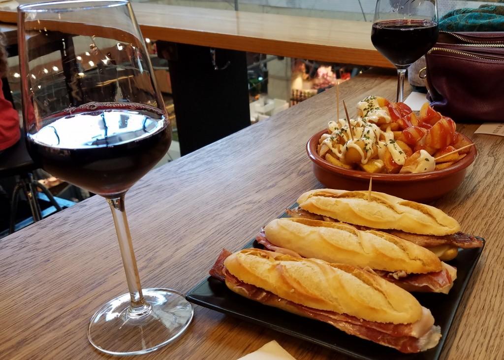 Sandwiches, wine and tapas   © Lori Zaino
