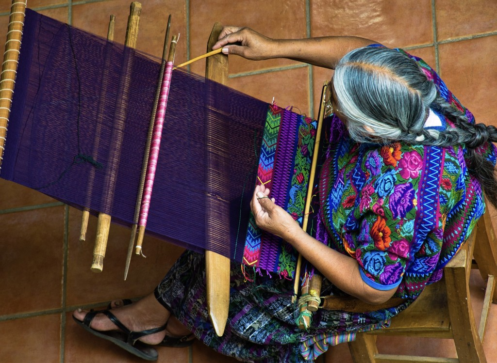Woven traditional wear | © Guillen Perez/Flickr