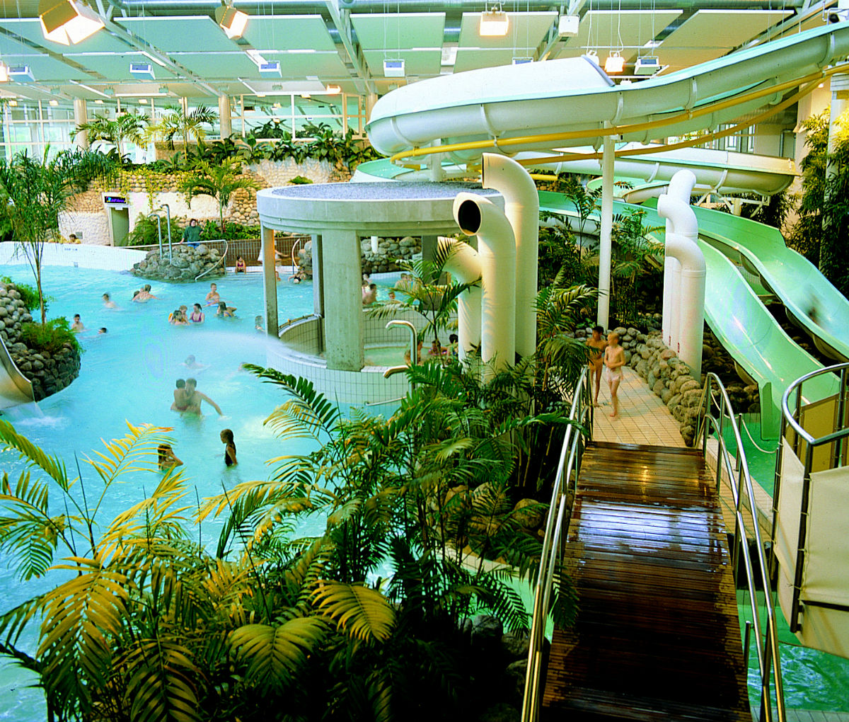 the best swimming pools in stockholm