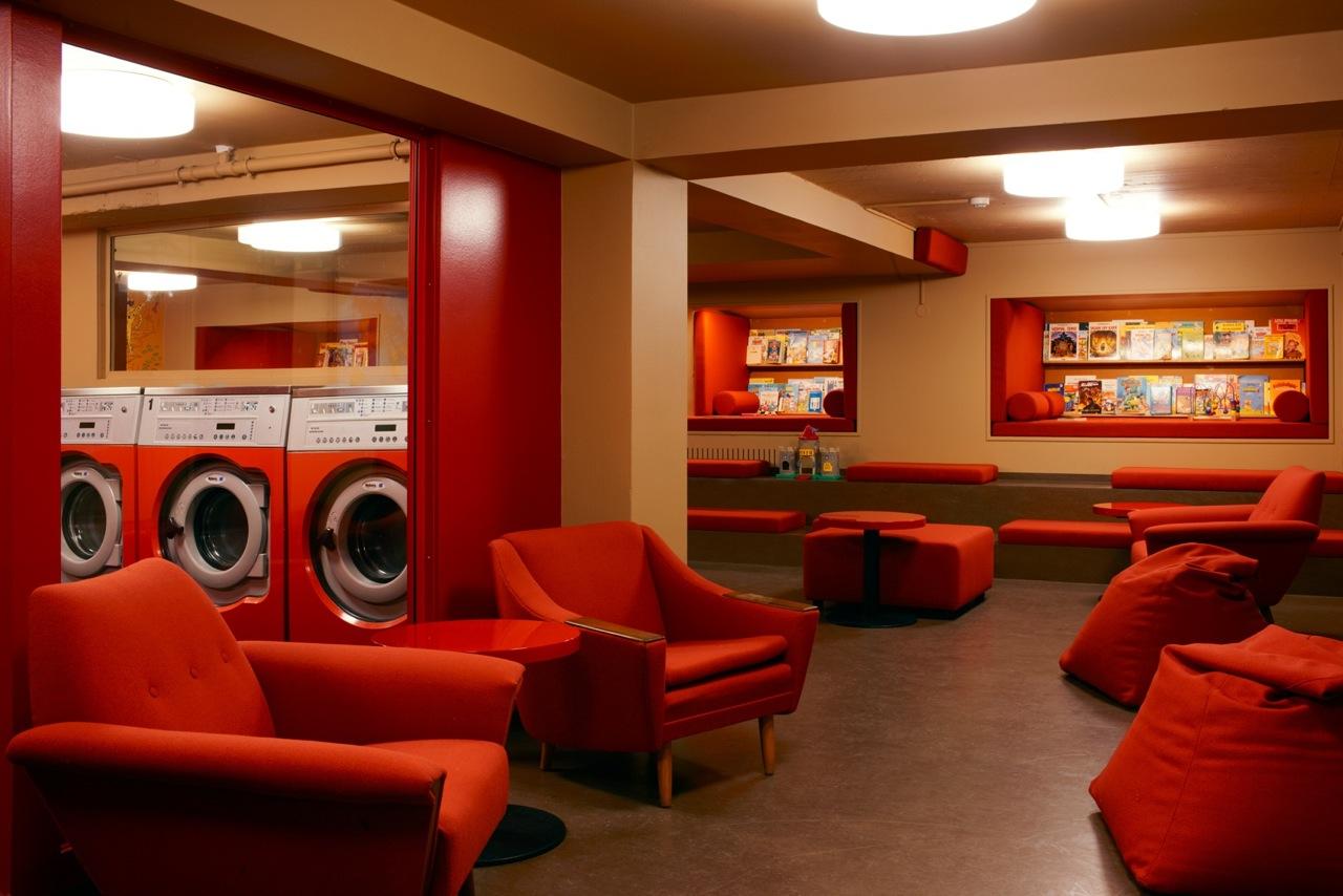 laundromat caf kenneth nguyen