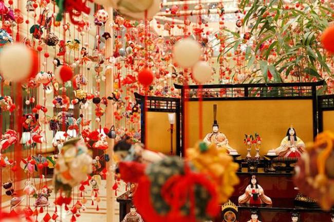 Hina Matsuri Exhibition at the Keio Plaza Hotel