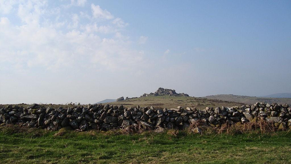 Hound Tor ©Nenniu/Wikimedia
