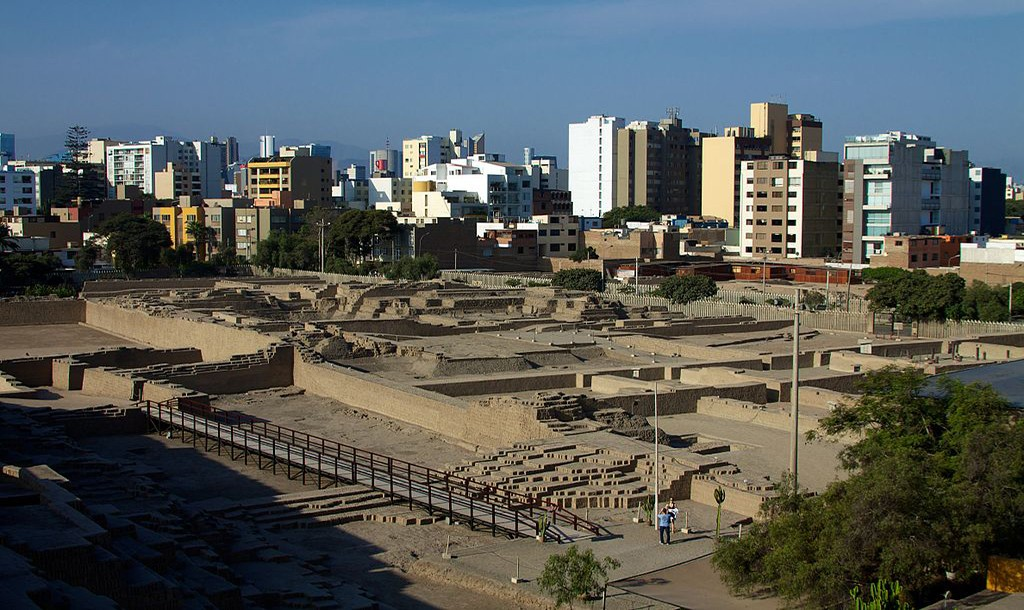The Huaca Pucllana was a ceremonial and administrative center for the Lima culture 1500 years ago. | ©Mckay Savage/Flickr