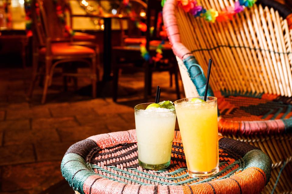 Cocktails at the Island Bar