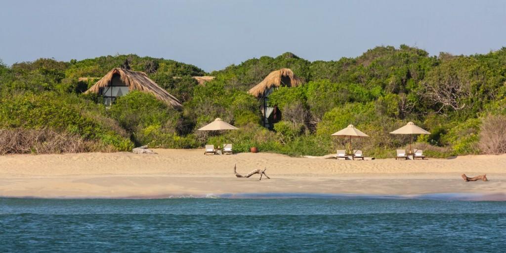 Jungle and the beach | ©Courtesy of Uga Escapes