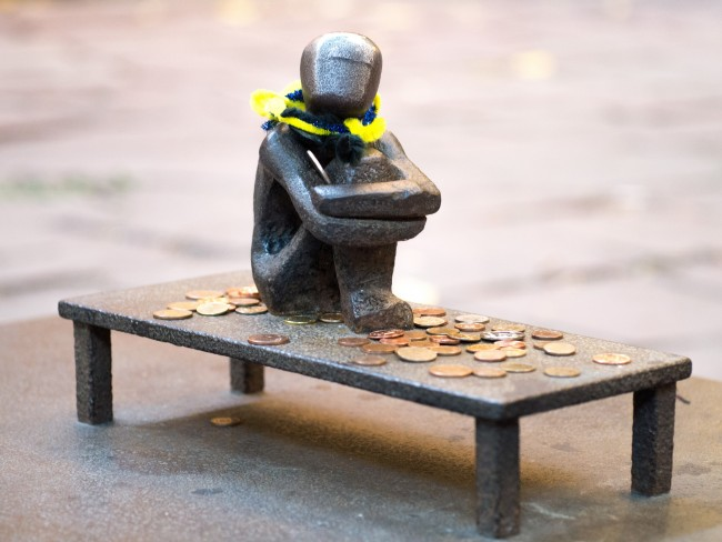 Smallest statue in Stockholm