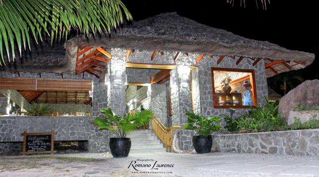 Les Rochers Restaurant | ©Romano Laurence
