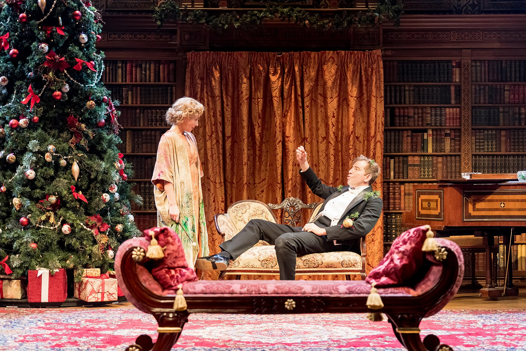 Lisa Dillon and Edward Bennett in RSC and CFTs Much Ado About Nothing   © Manuel Harlan / RSC / Courtesy of Cornershop PR