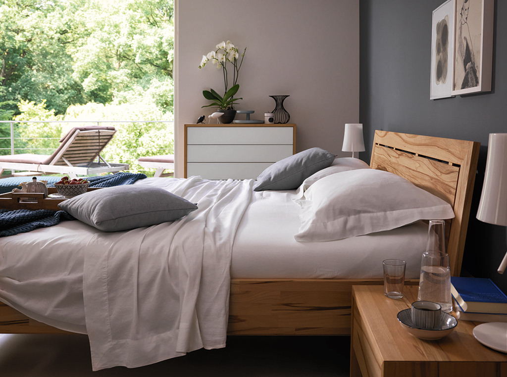 Lunetto bed from £1590, ©Wharfside