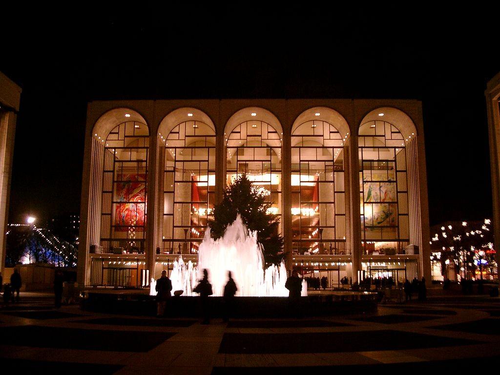 Metropolitan Opera | © Lechhansl / Wikimedia Commons